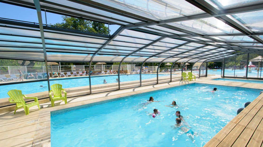 Vos vacances en camping pr s du futuroscope camping la - Camping gerardmer piscine couverte ...